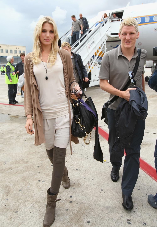 Bastian Schweinsteiger & Girl Picture
