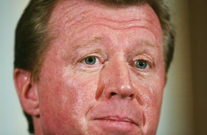 Steve%20McCLaren%20foot%20in%20mouth.jpg