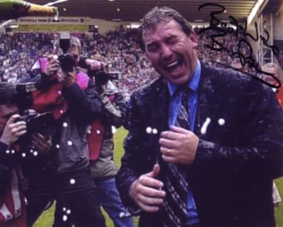 WBA BRYAN ROBSON SIGNED GREAT ESCAPE PHOTO.JPG