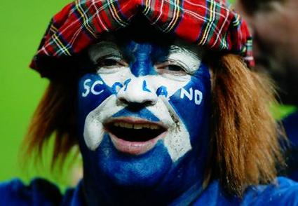 ScotlandFan_wideweb__470x326,0.jpg