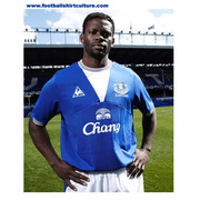 everton-09-10-le-coq-sportif-home-kit.jpg