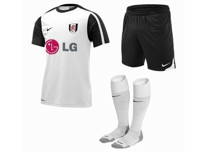 fulham-09-10-home-nike-kit-leaked-3.jpg
