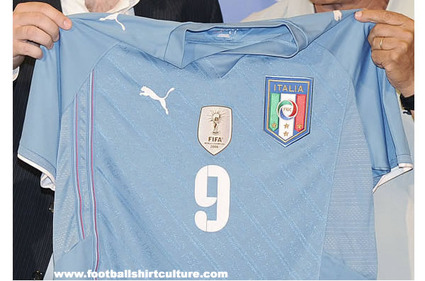 italy-confederation-cup-2009-puma-shirt.jpg