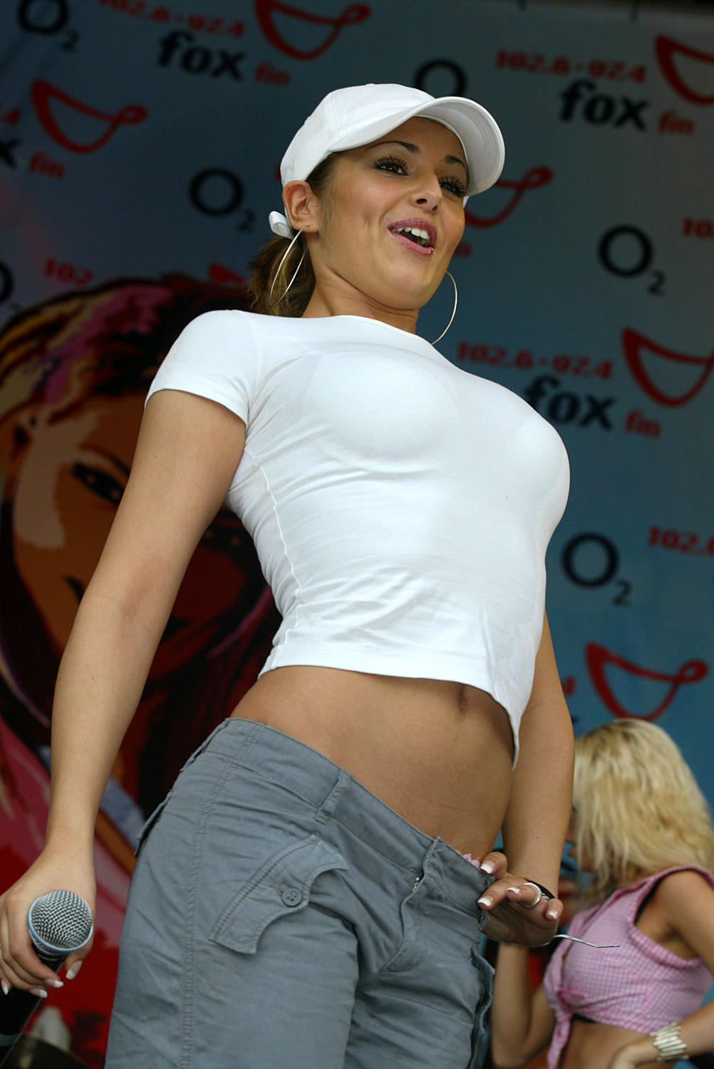 cheryl cole boobs