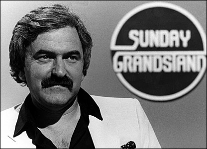 Des Lynam to return to footie TV? » Who Ate all the Pies