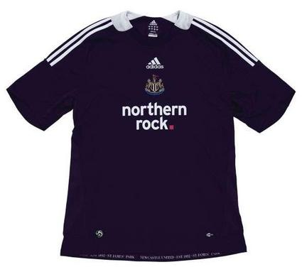 newcastle away kit 2.jpg