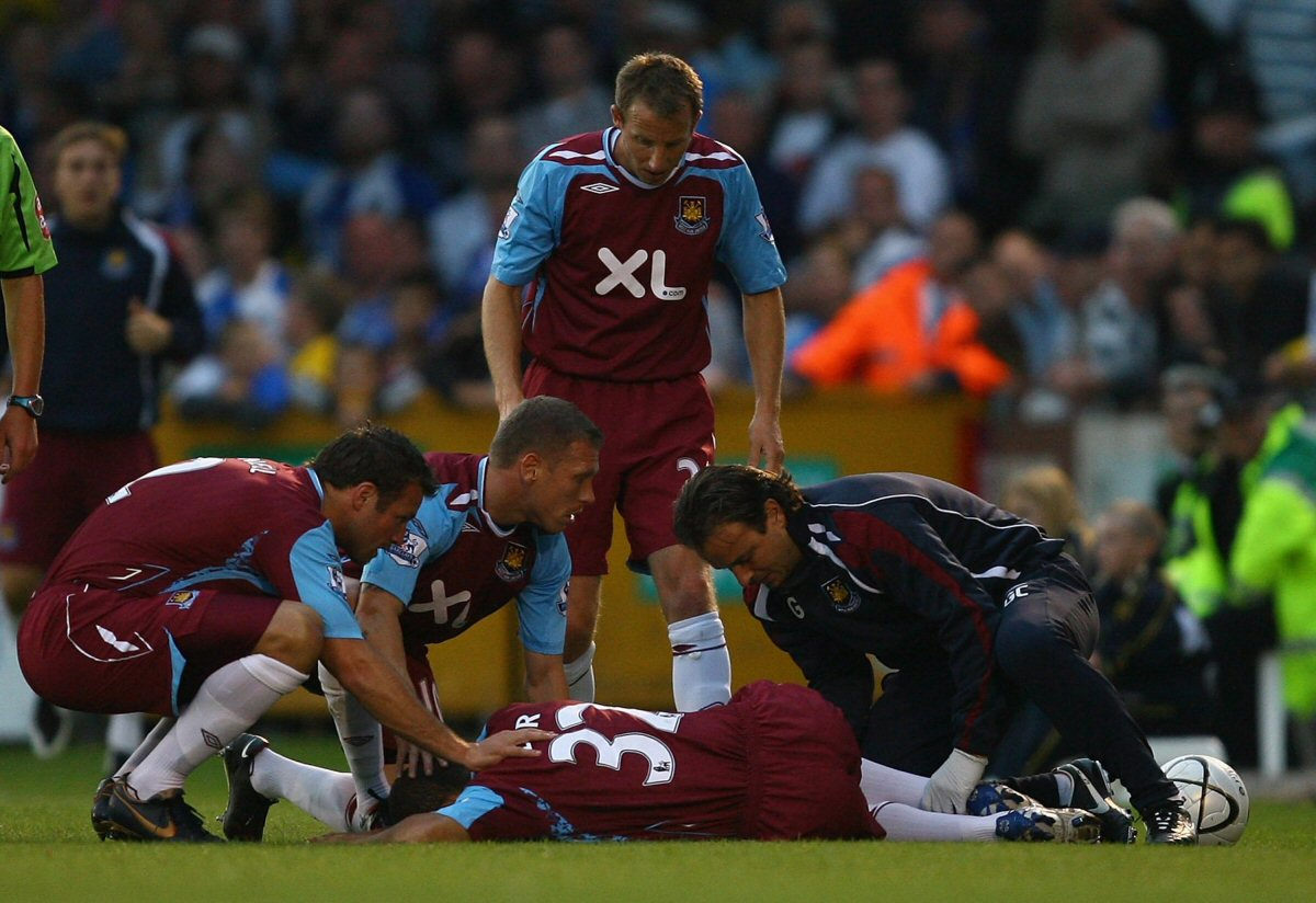Worst Football Injuries - Kieron Dyer