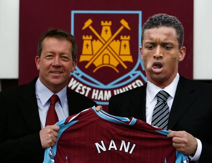 west ham sign nani.jpg