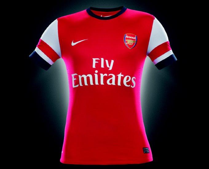fa12_fb_pr_authentic_arsenal_home_jersey_c