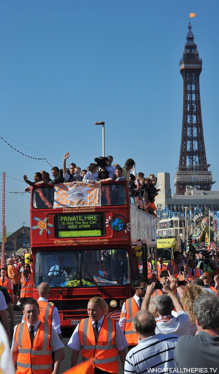 pa-photos_t_blackpool-promoted-premier-league-bus-parade-photos-2505h