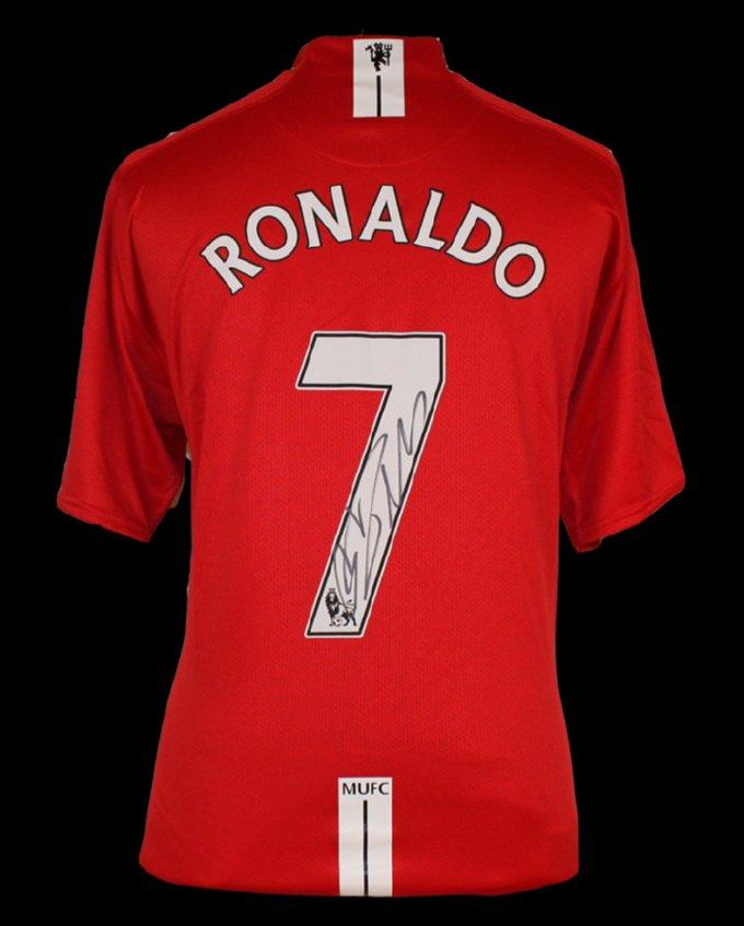 cristiano_ronaldo_signed_manutd_08cl_final_shirt_big