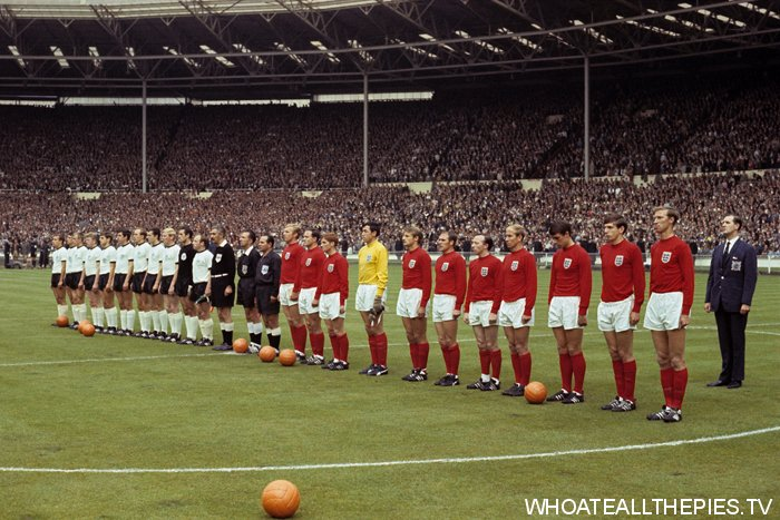 pa-photos_t_england-1966-world-cup-final-west-germany-colour-photos-1006a