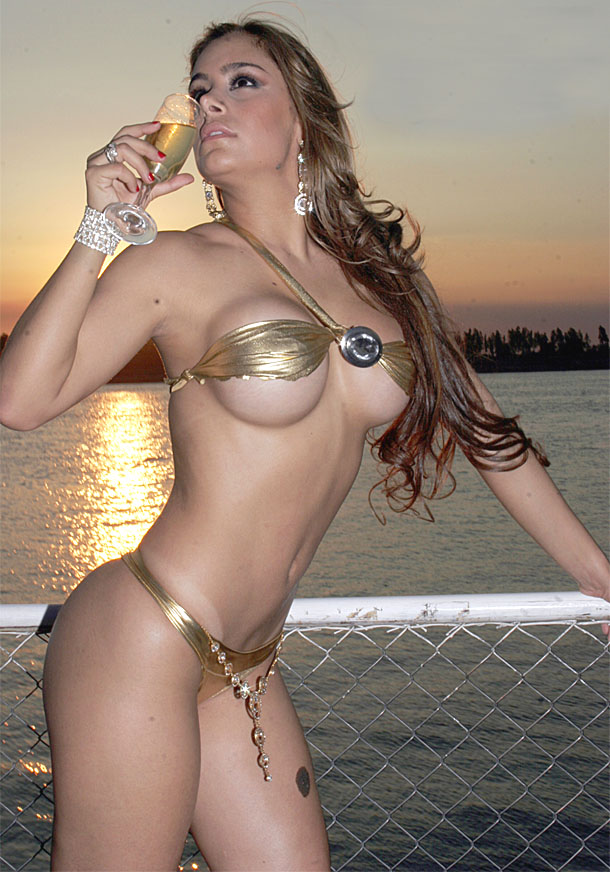 foto chica desnuda brasil calle gratis: