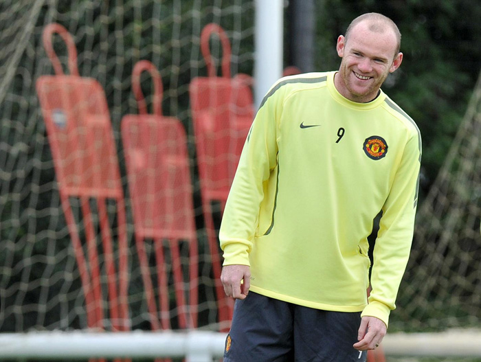 pa-photos_t_man-utd-rangers-champions-league-training-session-carrington-rooney-pictures-1409a