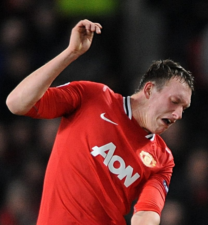 why does phil jones make dumb faces? - FootyRoom