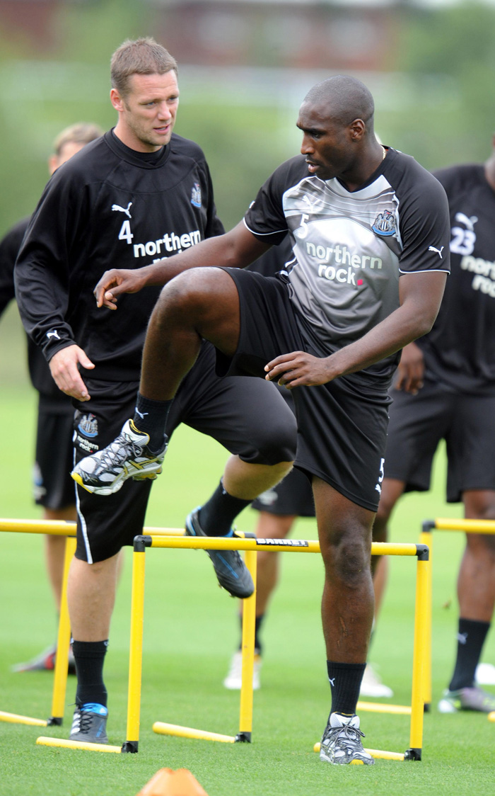 pa-photos_t_sol-campbell-newcastle-united-training-3007f