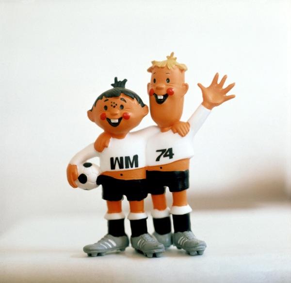 pa-photos_t_world-cup-mascots-1604e