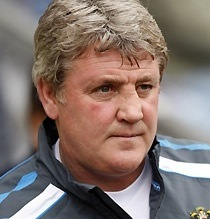 Liverpool Chant Mocks Steve Bruce – 'He's Got A Head Like A Beach Ball'