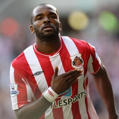Darren Bent taunts Liverpool fans with Twitter update
