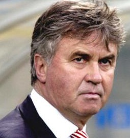 Russian TV portrays Guus Hiddink as cartoon wizard… but his magic fails (with video)