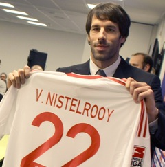 Ruud Van Nistelrooy Unveiled At Hamburg (With Photos)