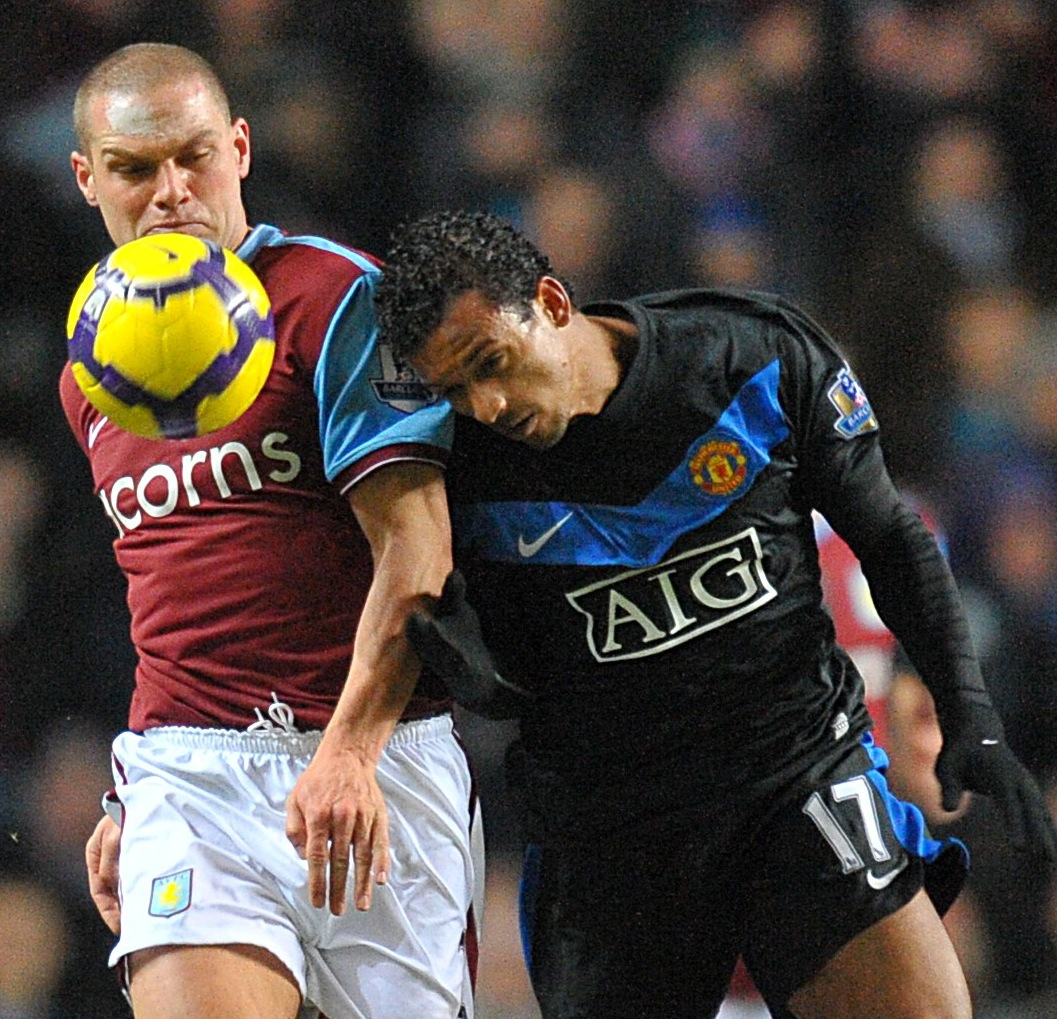 Photos: Aston Villa 1-1 Man Utd – Nani Sent Off, Fergie Agrees With Decision!
