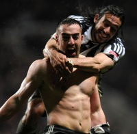 Photos: Newcastle United 2-0 Nottingham Forest – Newcastle So Close To Promotion