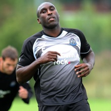 First Pics Of MASSIVE Sol Campbell At Newcastle United
