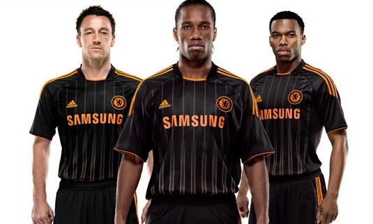 IMAGE(http://www.whoateallthepies.tv/wp-content/uploads/2010/07/chelsea-10-11-away-adidas-football-kit.jpg)