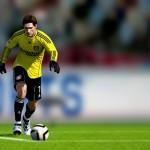 FIFA11_PS3_Adler_goalkick-noscale