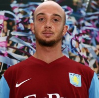Stephen Ireland In Aston Villa Kit (Photos)