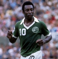 Retro Soccer: 15 Brilliant Photos Of The New York Cosmos, Starring Pele And Cruyff