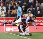 Wolves v Aston Villa -Albrighton leaps on Downing