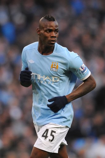 detailed look d2326 8ac2b Agent Swears Mario Balotelli Is Happy At Man City | Who Ate ...