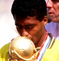 Retro Football: 10 Brilliant Photos Of Romario