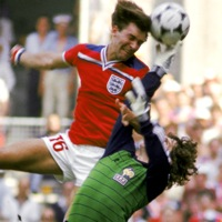 Retro Football: England 3-1 France, 1982 World Cup (Video) – Marvellous Bryan Robson Scores Twice