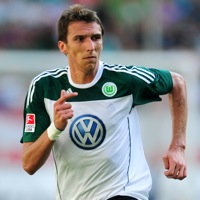Football Cheats: Wolfsburg Striker Mario Mandzukic Tries For An Oscar (Video)