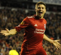 Liverpool 3-1 Napoli &#8211; Steven Gerrard Hat-Trick Saves The Day, Aronica Gets Away With Horror Tackle On Ngog