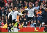 Soccer - Barclays Premier League - Arsenal v Tottenham Hotspur - Emirates Stadium