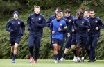 Soccer - UEFA Champions League - Group H - Shakhtar Donetsk v Arsenal - Arsenal Training Session - London Colney