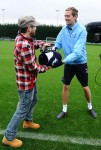 Matt Cardle trains with Spurs