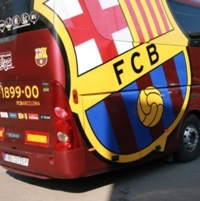 Barcelona Stars Take Public Transport On Frantic Trip To Osasuna (Video)