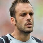 Manuel Almunia Told He Can Leave Arsenal In January