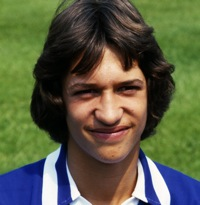 10 Brilliant Photos Of Young Gary Lineker