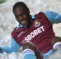 Photos: Blackburn 1-1 West Ham – Carlton Cole Lands In The Snow