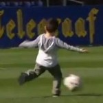 Robin Van Persie Lobbed By His Five-Year Old Son (Video)