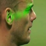 Wesley Sneijder Attacked By Laser Pens During Milan Derby (Video)