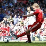 Football GIF: Dirk Kuyt Scores &#8216;Smashing&#8217; Penalty vs Newcastle