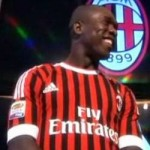 AC Milan Reveal New Home Kit &#8211; The Stripes Are Very Thin (With Photos)