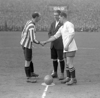10 Cracking Vintage FA Cup Photos